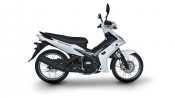 2013-yamaha-crypton-135-eu-competition-white-studio-002