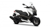 2013-yamaha-x-max-400-eu-absolute-white-studio-0013