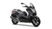 2013-yamaha-xmax-250-momo-eu-power-black-studio-001